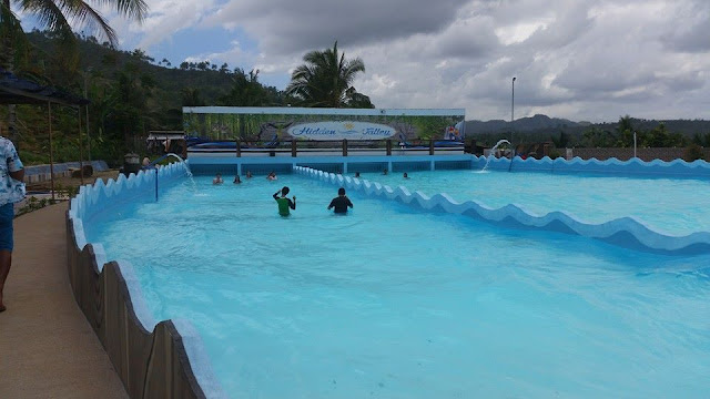 Wave pool at Hidden Valley Mountain Resort in Cebu