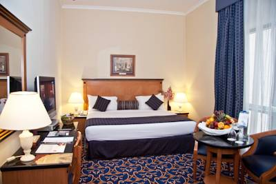 فندق ريجال بلازا
