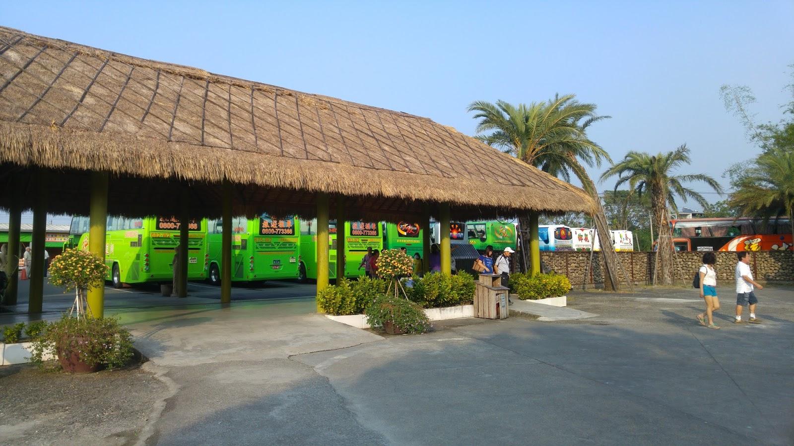 雲林斗六《雅聞峇里海岸觀光工廠》南洋島嶼風情沙灘,讓小孩快樂地遊戲玩沙!