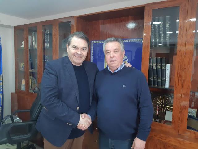 Ο γνωστός επιχειρηματίας Γιώργος Καραχάλιος υποψήφιος με τον Δημήτρη Καμπόσο