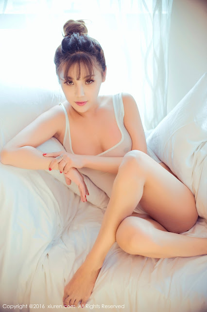 Hot girls Sexy porn chinese model with thin bikini 5