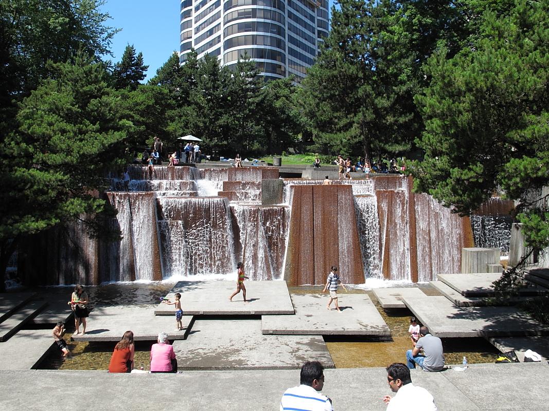Touch the wind...: Keller Fountain Park, Portland Oregon