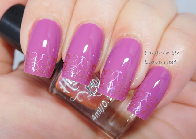 Messy Mansion Valareign 04 over Zoya Liv