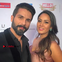 Celebs On Red Carpet Of Hello Hall Of Fame Awards  0011.jpg