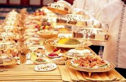 إنتاج الطعام وخدمة الضيوف