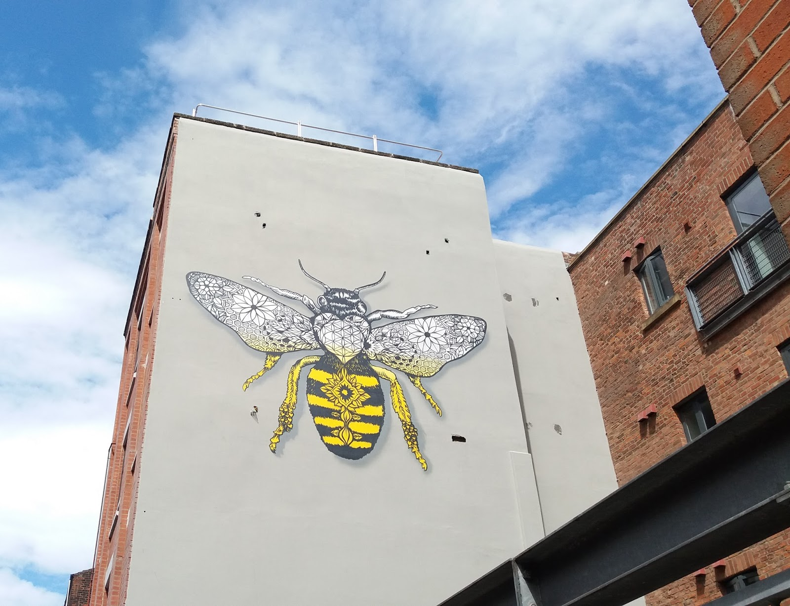 Ancoats Graffiti Bee