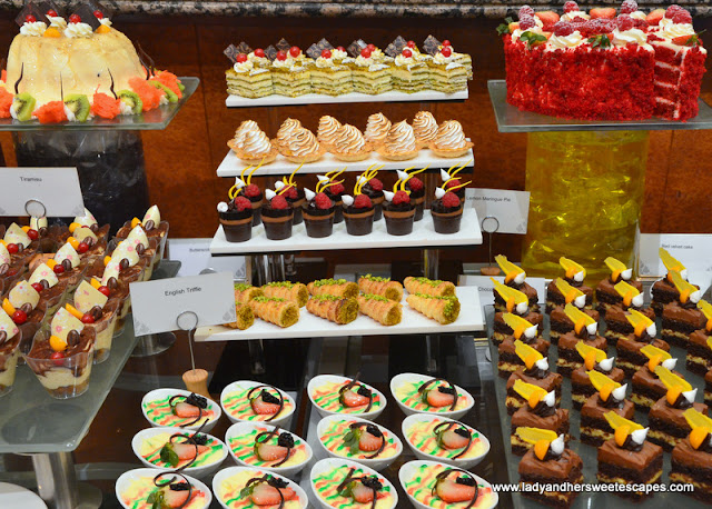 desserts at Dusit Thani Dubai brunch