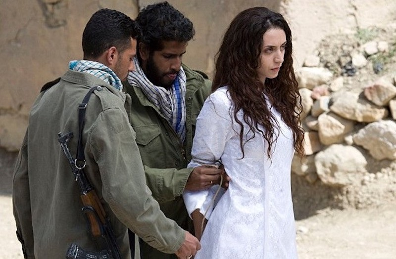 Image result for kisah-sebenar-mishaal-al-saud-puteri-arab-saudi-yg-cantik-jelita-dihukum-mat/