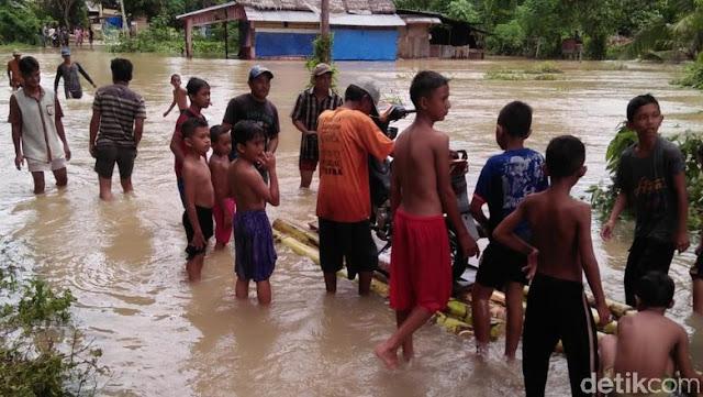 Banjir dan Longsor Landa Sejumlah Wilayah di Sumbar, 6 Orang Tewas