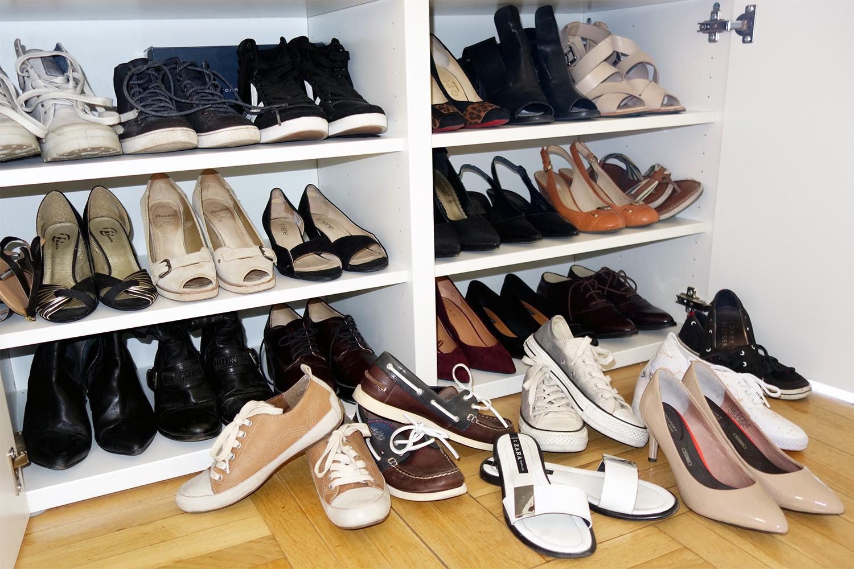 3475952743b8 3 ks členkové kožené tenisky (nositeľné aj ako zimná obuv) - 2 ks topánky  pánskeho strihu - 3 ks plátené tenisky - 2 ks kožené tenisky mokasíny