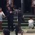 (Video) Padah Menghina Raja, Wanita Dipaksa Melutut Depan Potret Mendiang Raja Bhumibol