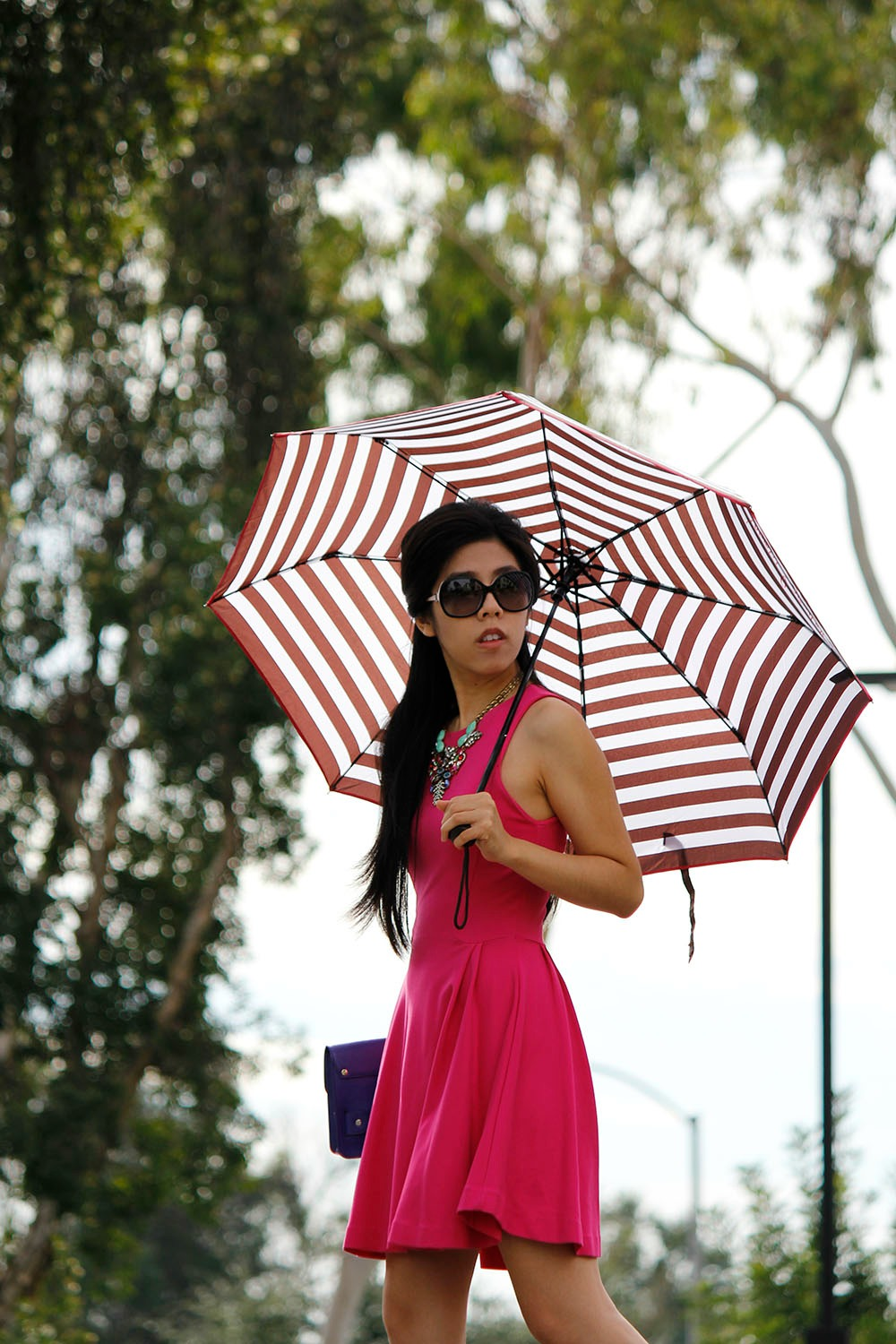 What to wear to a christmas party_How to wear a hot pink dress_Graduation dress_Adrienne Nguyen_Invictus