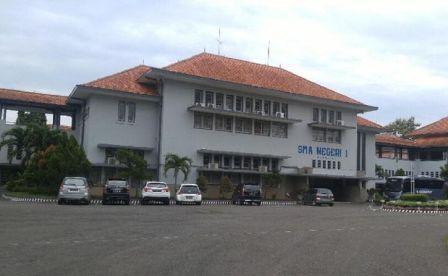 SMAN 1 Semarang Digugat Siswanya ke PTUN