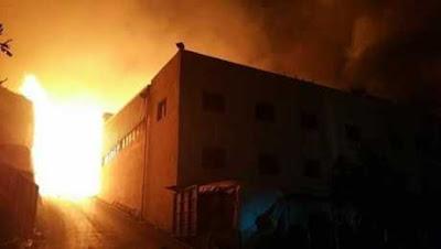 #عاجل.. حريق هائل بمحال التوحيد والنور بكفر الزيات (فيديو)