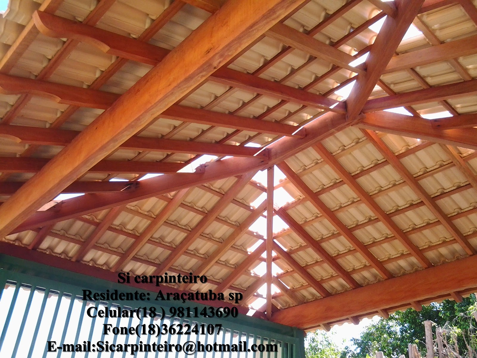 Si Carpinteiro Telhado Quatro 225 Guas Suspenso