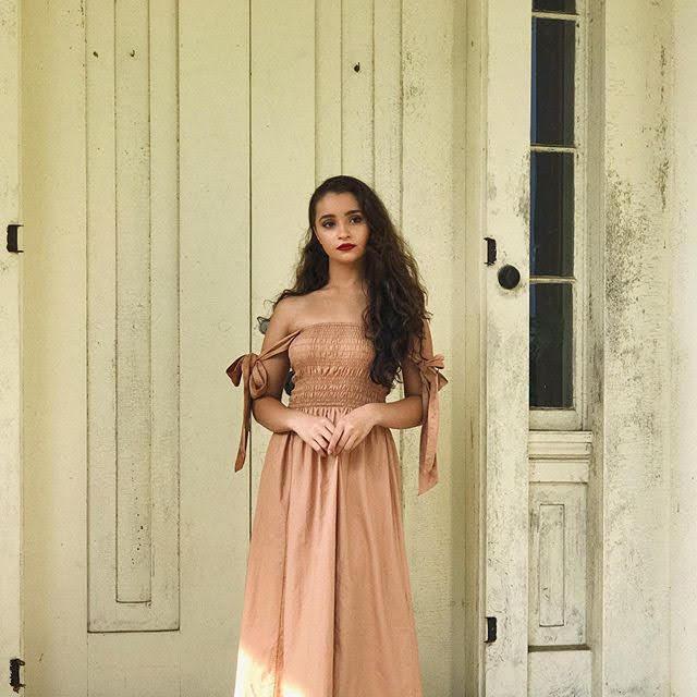 Salena Qureshi 17