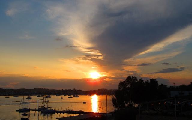 Πόρτο Χέλι, κοσμική ζωή στις δαντελωτές ακτές της Πελοποννήσου