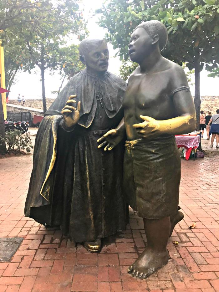 bronze statue street art cartagena colombia