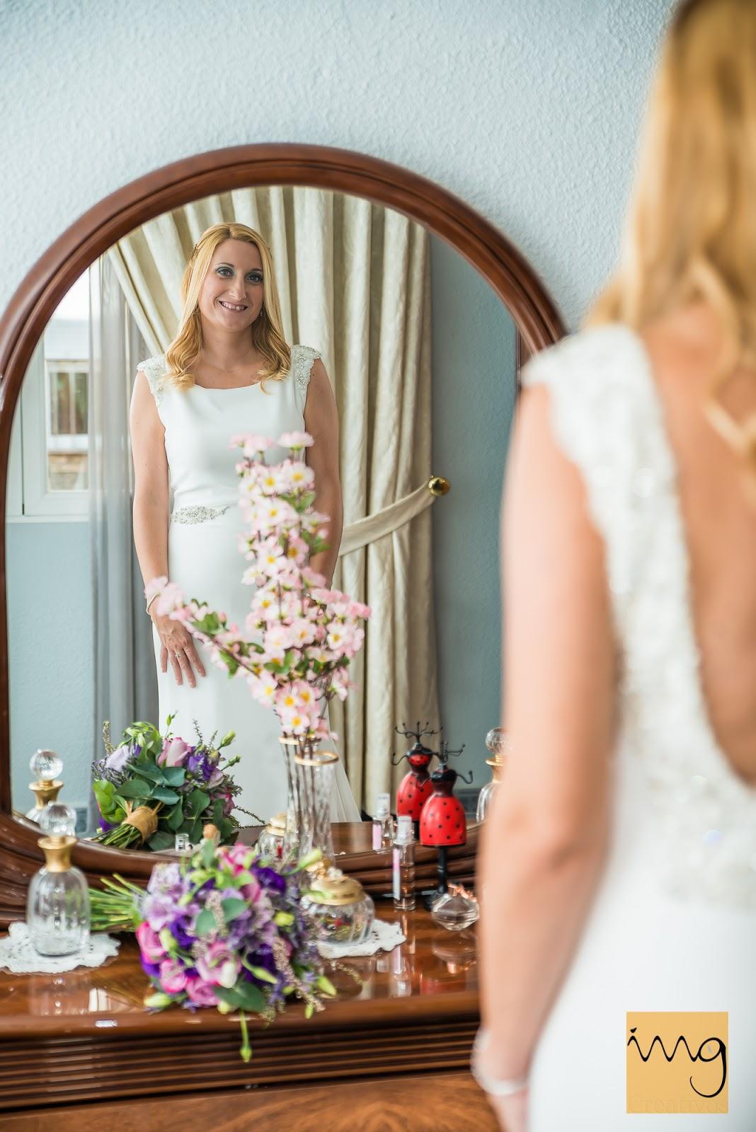 Fotografía de los preparativos de la boda