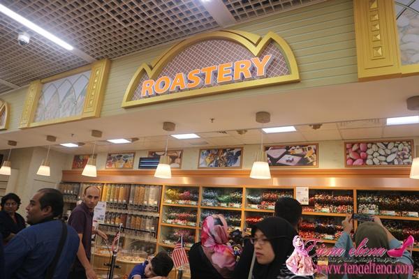ruangan LuLu Roastery di Lulu Hypermarket