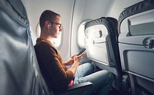 ¿Cómo tener el mejor asiento de avión sin viajar en primera clase?