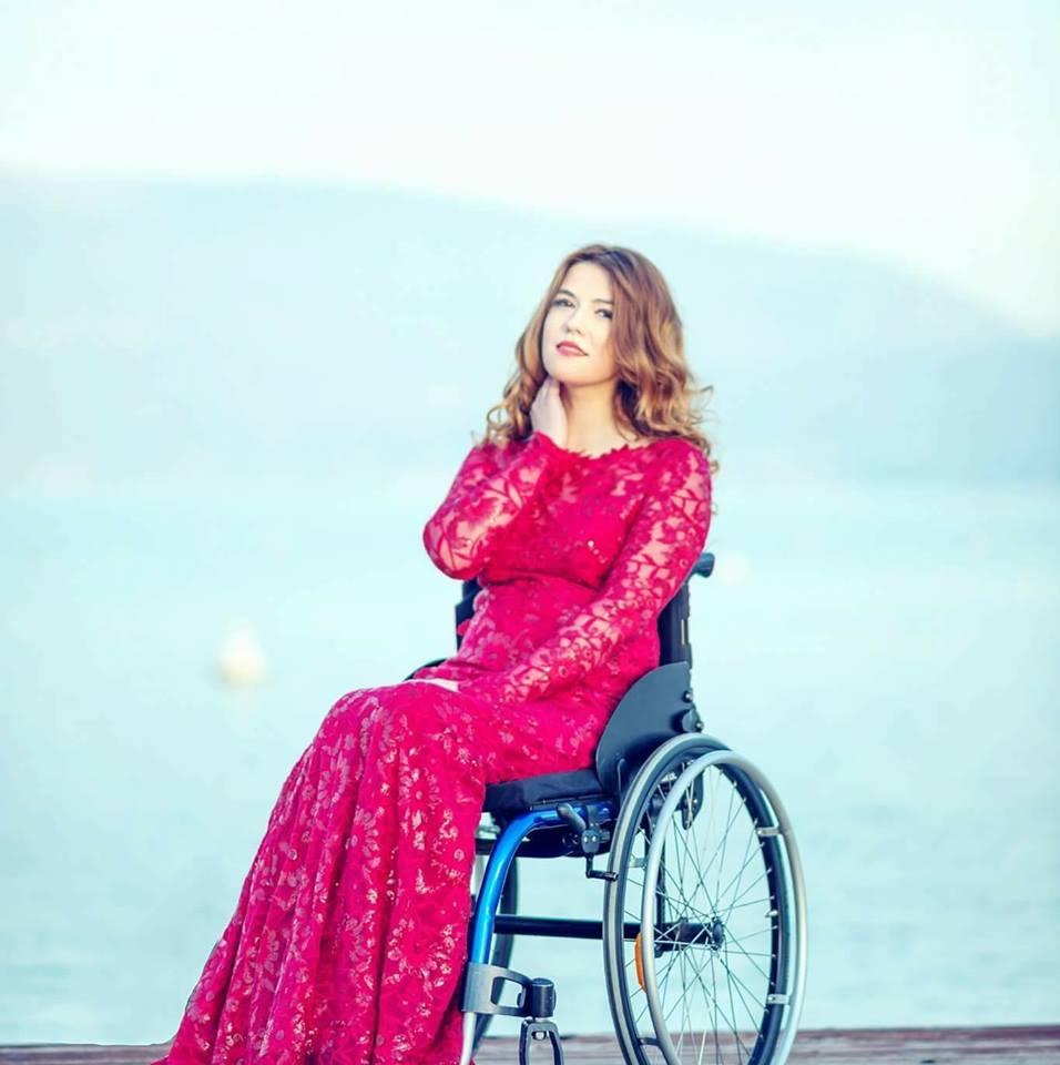 Cauta i femeie in scaun