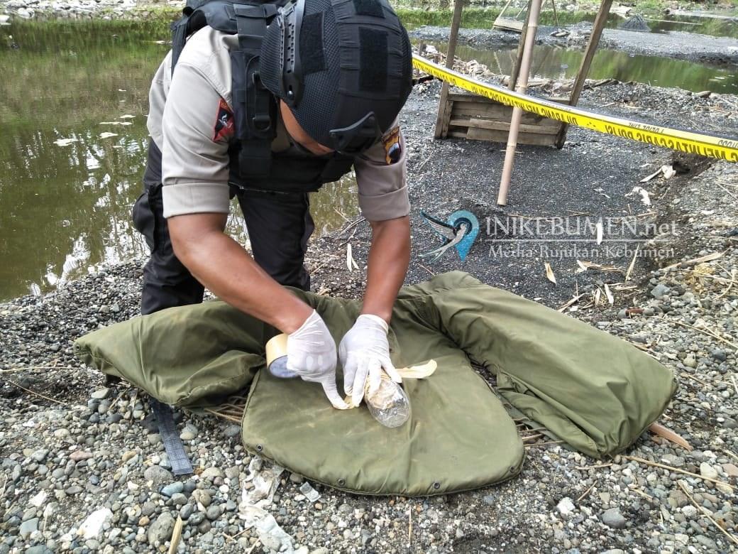 Penambang Pasir di Gombong Temukan Ranjau Darat Antitank Aktif Sisa Perang Dunia II