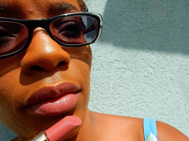 Estee Lauder Pure Color Envy Sculpting Lipstick '160 Discreet' - www.modenmakeup.com
