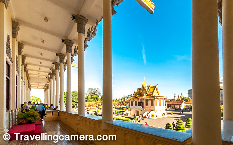 This compound also houses other important buildings like the Silver Pagoda and the Temple of the Emerald Buddha. The Architecture is the same so it is difficult to make them out separately from a distance.