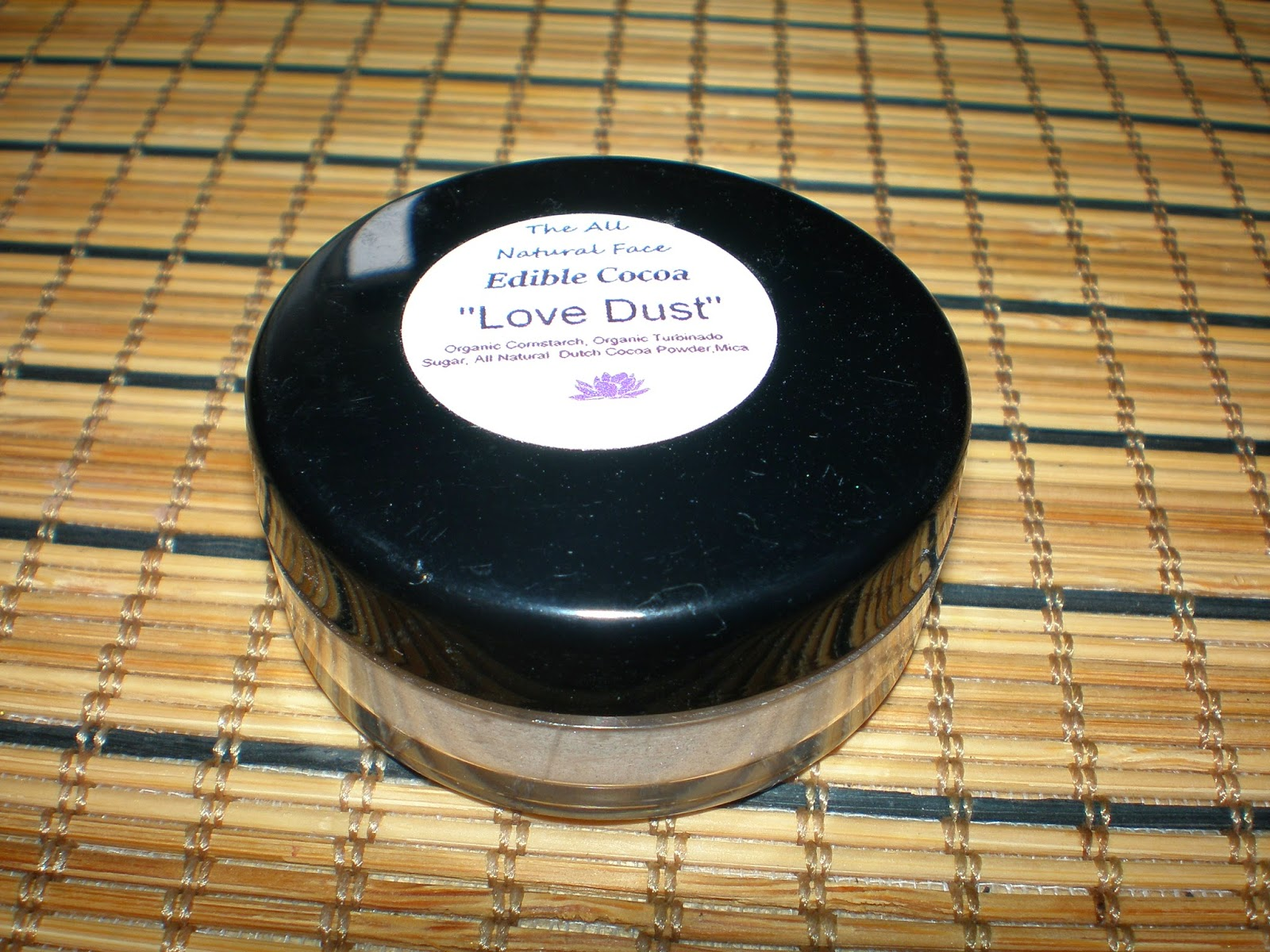 "The All Natural Face Edible Cocoa "" Love Dust"""