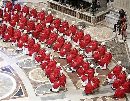 Eleição de um Pontífice | Conclave para a Escolha de um Novo Papa no Catolicismo