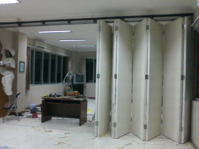 pintu dorong lipat 4