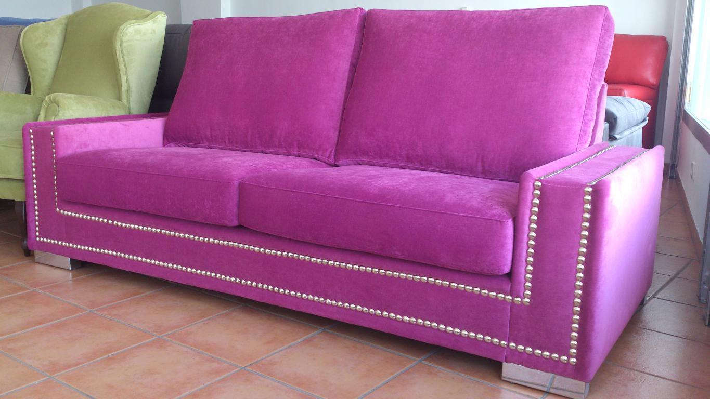 Liquidaci n de muebles mesas y sof de exposici n for Liquidacion sofas