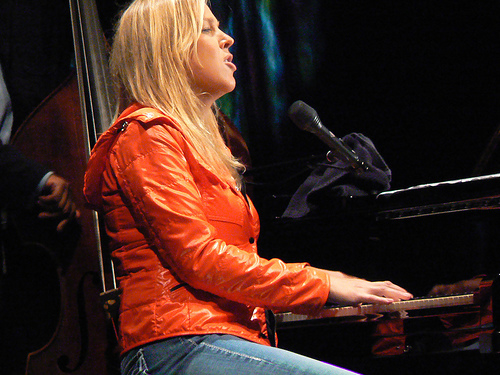Piano Diana Blog: Diana Krall: Lost Mind