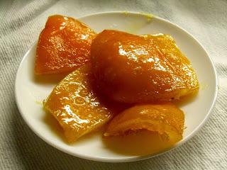Receta de naranja confitada.