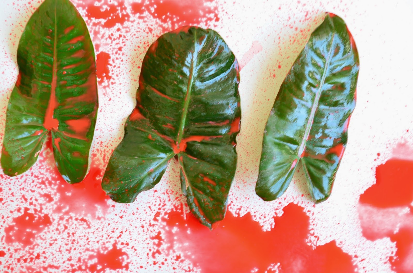13 Non-Traditional Art Supplies for Preschoolers: Leaves