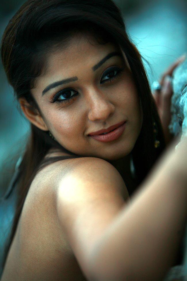 Nayanthara Hot Bikini Pics-1291
