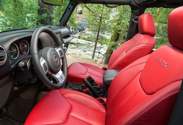 2013 Jeep Wrangler Rubicon 10th Anniversary Edition Interior