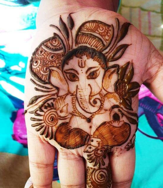 50 Amazing Henna Tattoos For Girls 2019 Tattoosboygirl