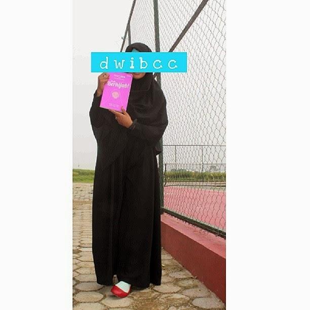 khimar elmika hijrah