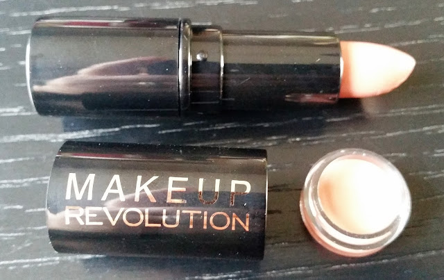 Makeup Revolution Lipstick in The One