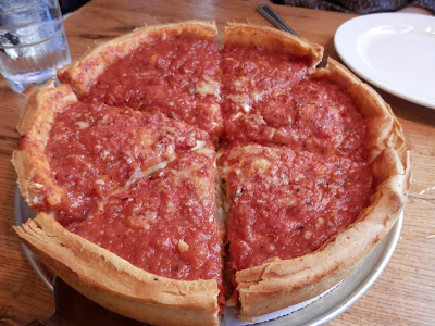 Giordano's Deep Dish Pizza à Chicago