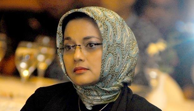 Marissa  Haque  beri kuliah umum bagi mahasiswa  Umuslim
