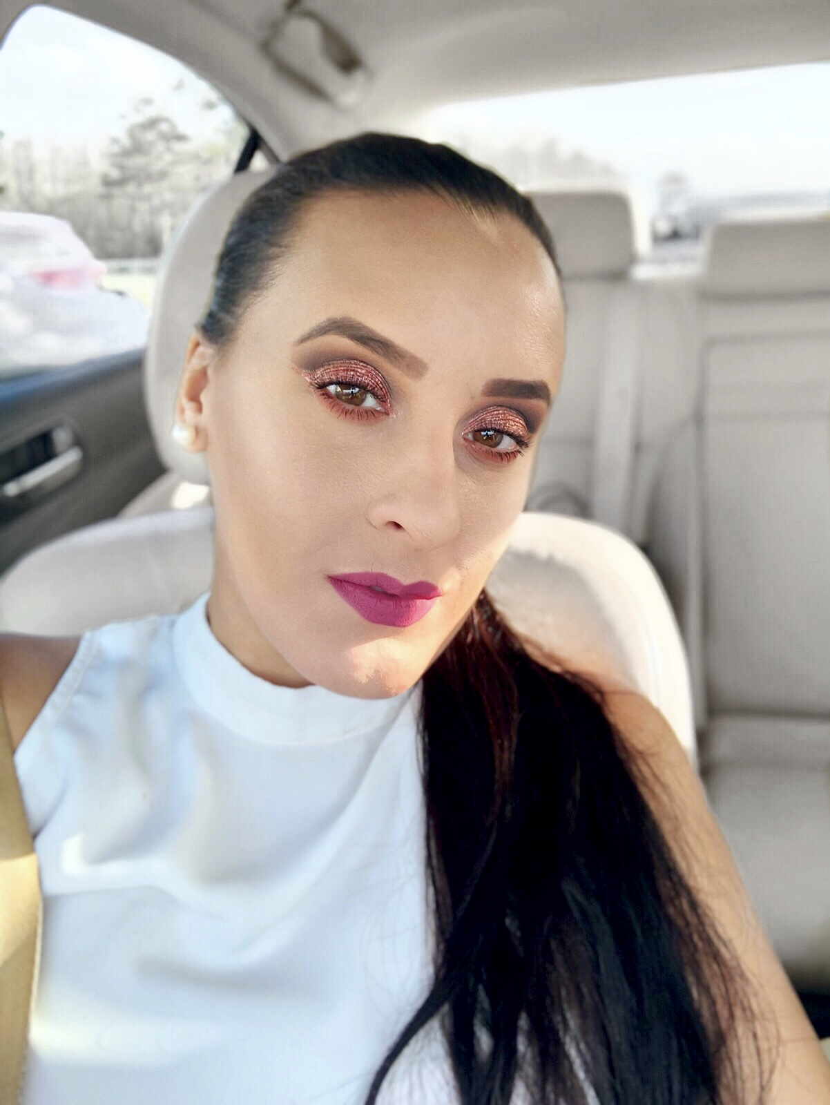 Pur-Cosmetics-Quick-Pro-Glitters-Vivi-Brizuela