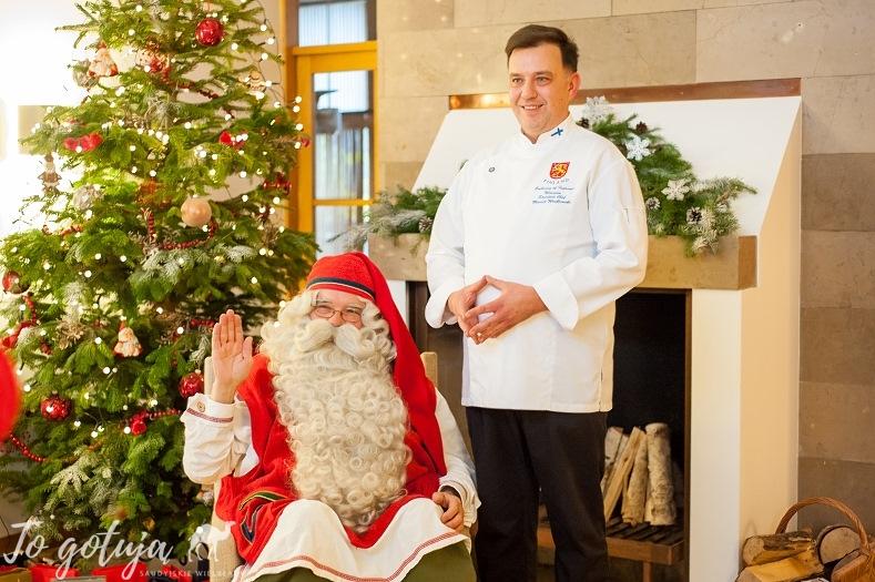 Maciej Wróblewski, szef kuchni w rezydencji Ambasador Finlandii i Święty Mikołaj
