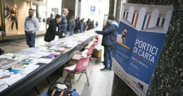 """La libreria piĂ™ lunga del mondo """"portici di carta"""" compie 10 anni"""