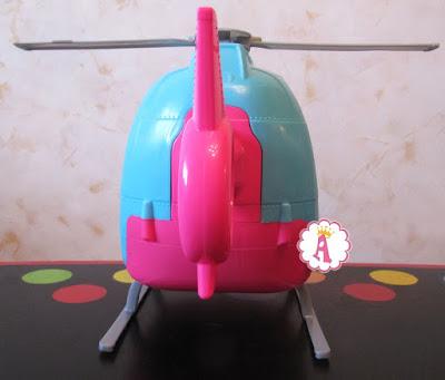 Игрушечный вертолет для куклы Барби