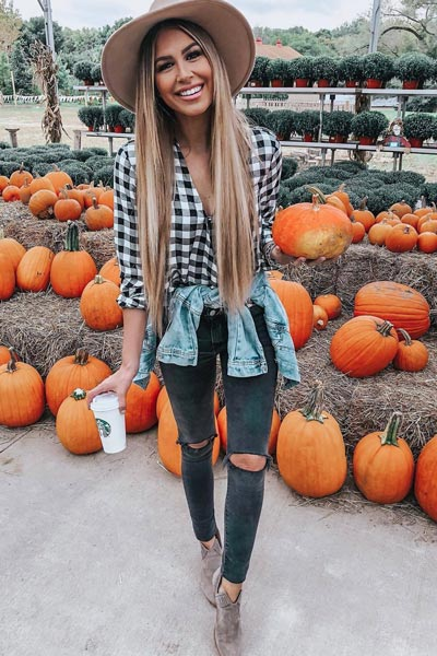 25+ Chilly Fall Outfits That Are Chic and Easy | Wrap Front Shirt+ High Rise SkinnyJeans+ Vince Camuto Prafinta Morocco Booties