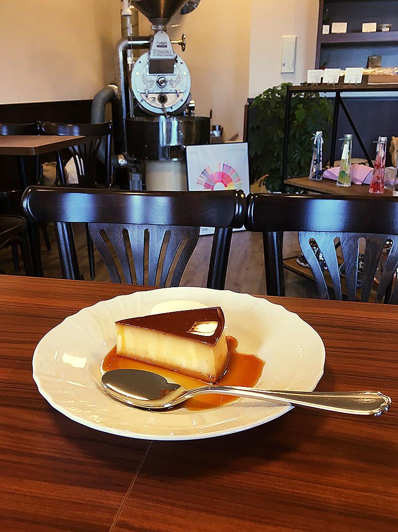静岡県浜松にある自家焙煎珈琲のお店『きの珈琲』の喫茶店のカスタードプリン