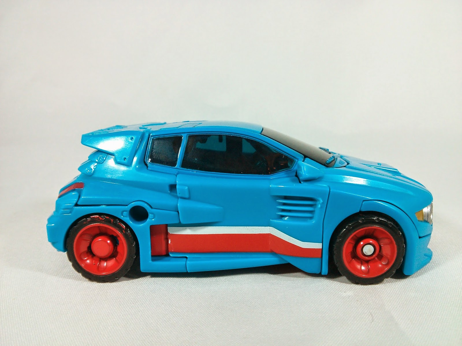 a side shot of the alt mode